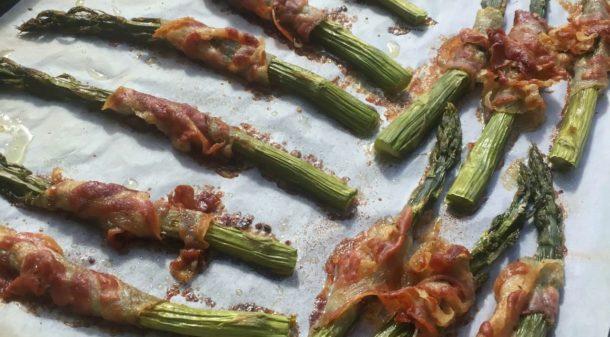 Asparagi al forno con pancetta